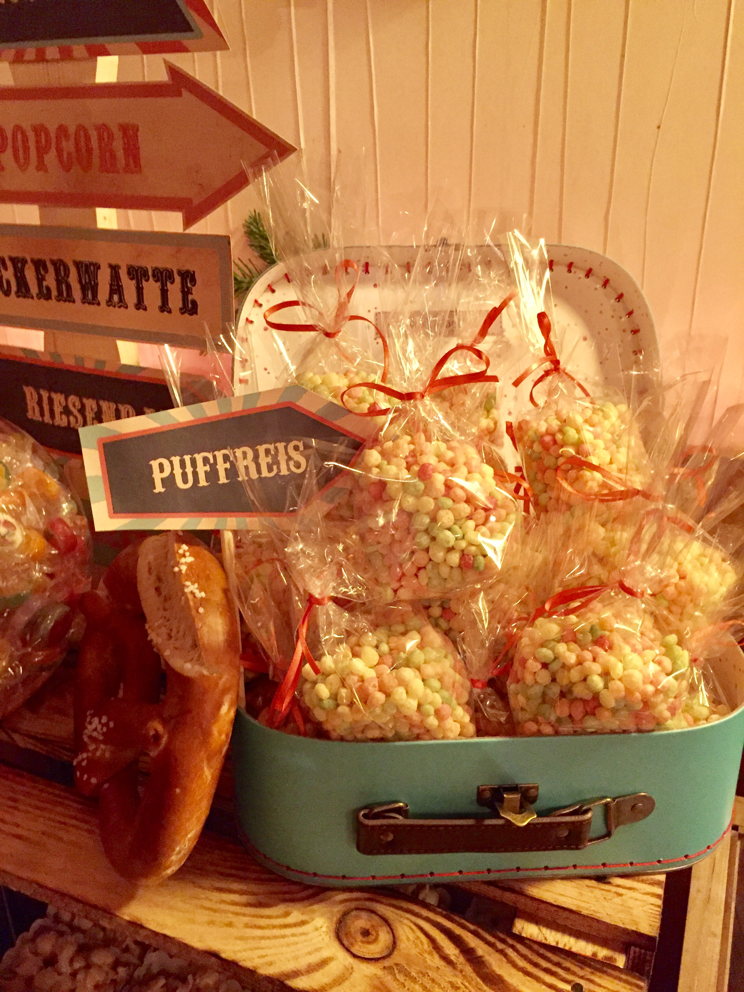 candy-bar-stuttgart-mieten-motto-theme-jahrmarkt-vintage-fun-fair-puffreis