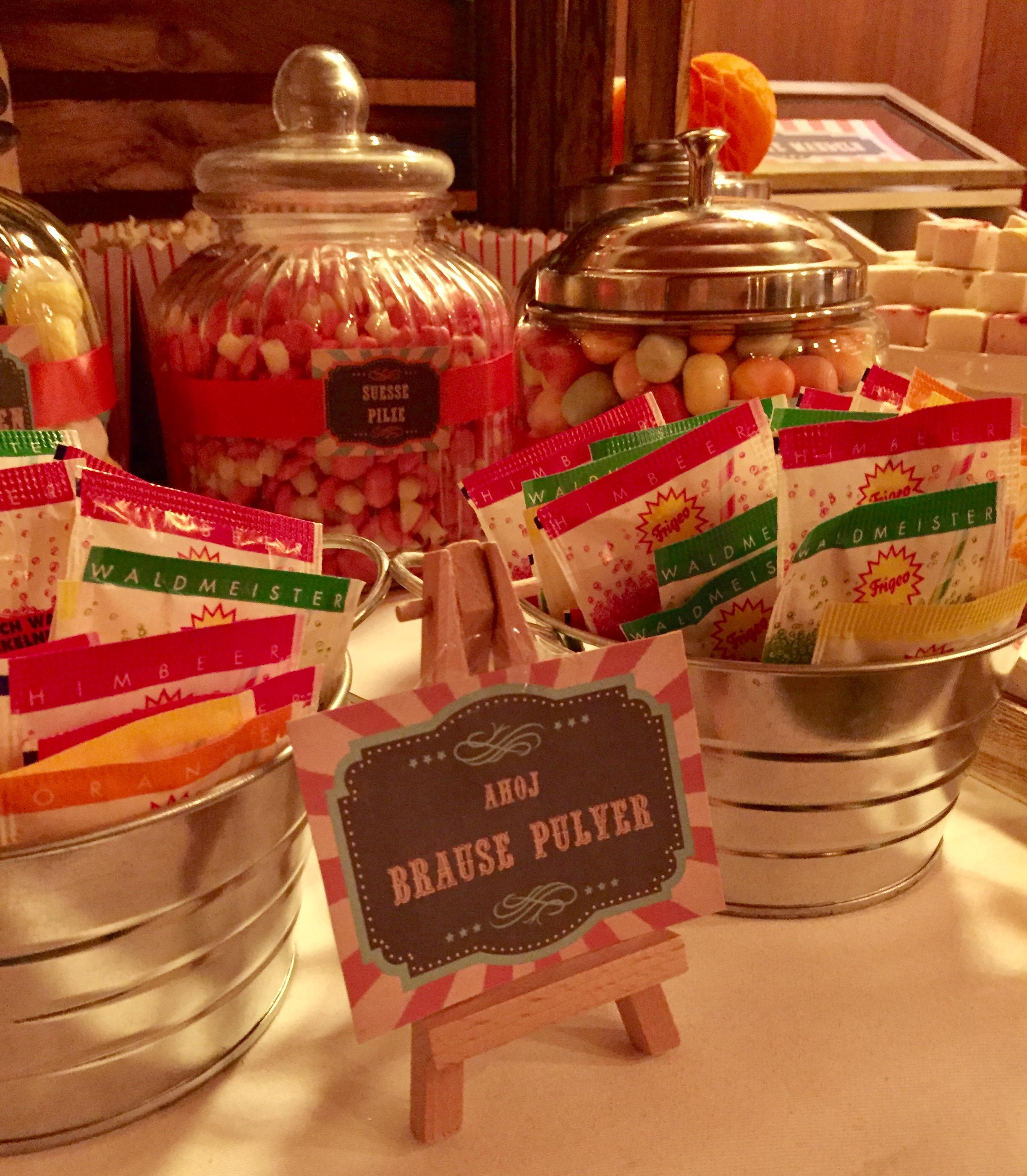 candy-bar-stuttgart-mieten-motto-theme-jahrmarkt-vintage-fun-fair-ahoi-brause
