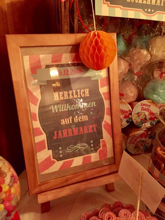 candy-bar-stuttgart-mieten-motto-theme-jahrmarkt-vintage-fun-fair-aufsteller